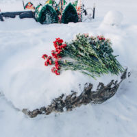 Как вести себя на кладбище христианину?